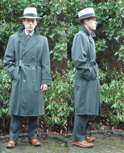 FS: 1950s Army Raincoat (DB Trenchcoat) green, tagged Size