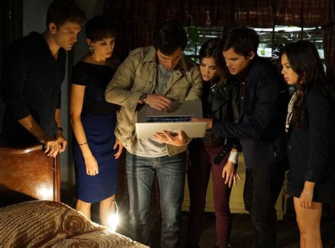 15 Pretty Little Liars Secrets That Will Have You Dying
