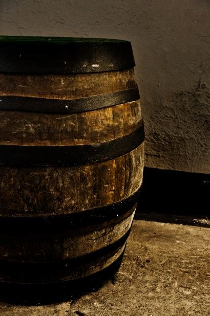 Old Beer Barrel Free Stock Photo - Public Domain Pictures