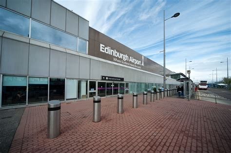 Parking at Edinburgh Airport criticised for high short