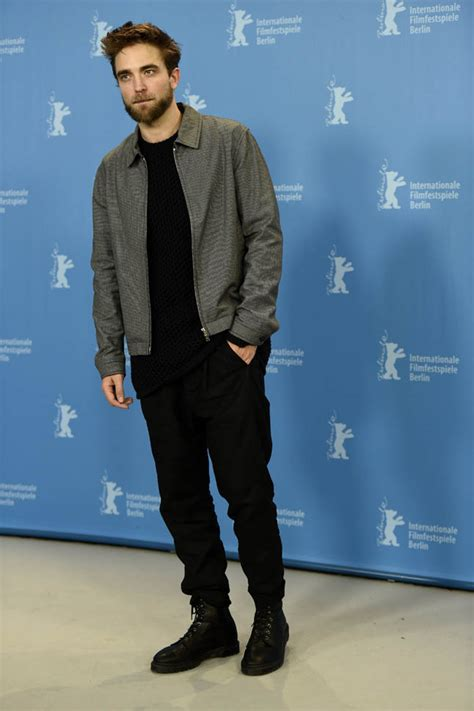 Robert Pattinson Height, Workout and Body Measurements