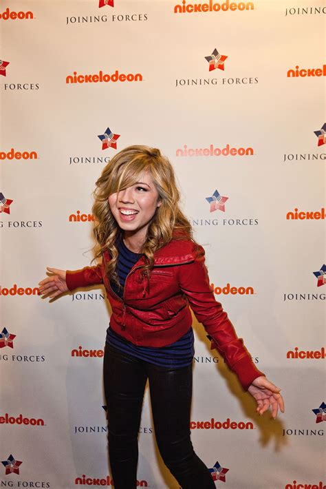 Jennette McCurdy - Jennette McCurdy Photos - iCarly Visits