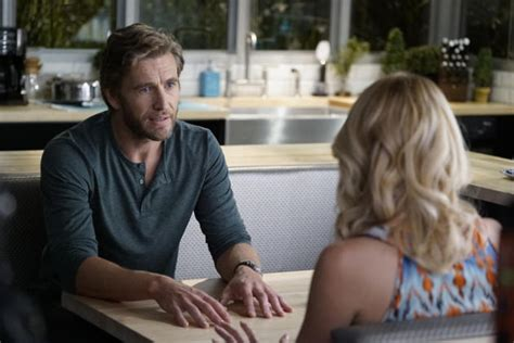 Harry Learns the Truth - Mistresses - TV Fanatic